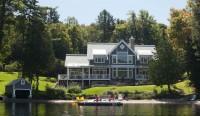 Maison de prestige réalisée par CIM Signature au bord du lac Achigan dans les Laurentides, prix Domus 2012
