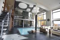 Maison de prestigne avec piscine intérieure, Domus 2013